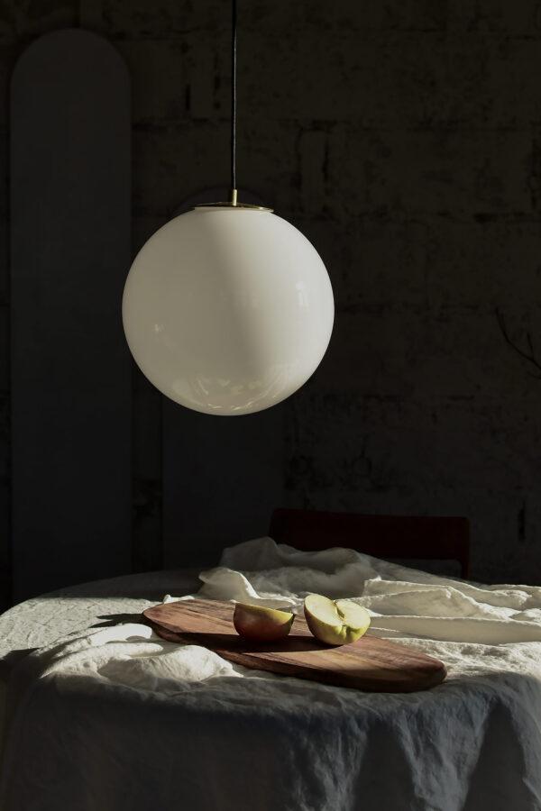 Duża biała kula lampa wisząca 1