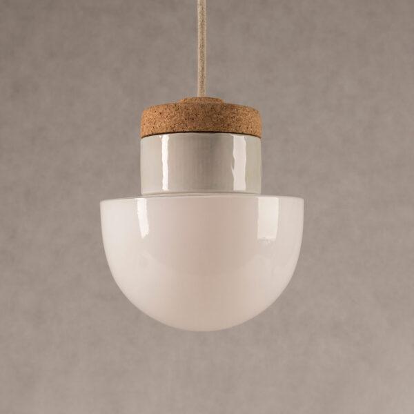 wisząca lampka korkowa z kloszem szklanym grzybek