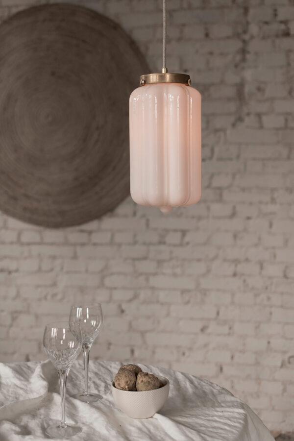 Szklana lampa wisząca Deco mleczne z deklem mosiężnym 2