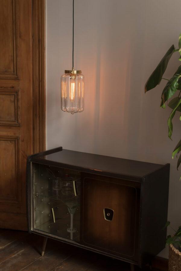Szklana biała lampa wisząca Deco jasne z mosiężnym deklem