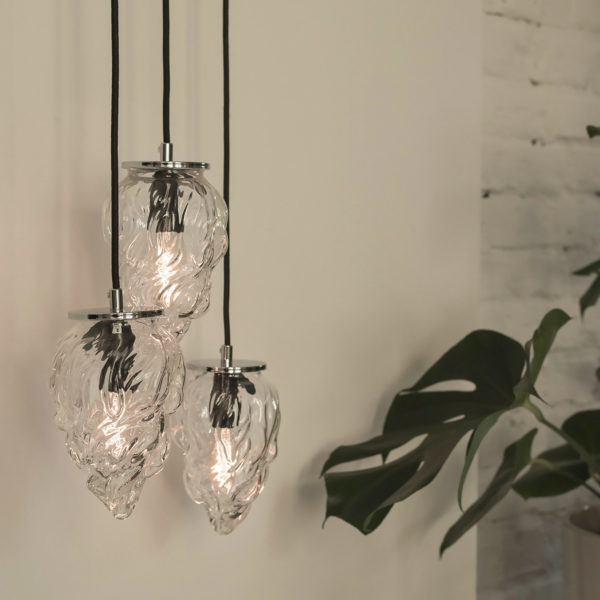 Szklana lampa wisząca płomyk
