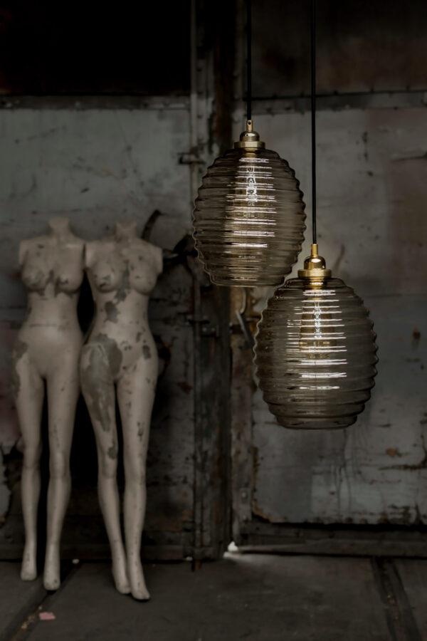 lampy wiszące Ule ze szkła dymionego