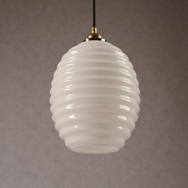 Szklana lampa wisząca opalowy ul